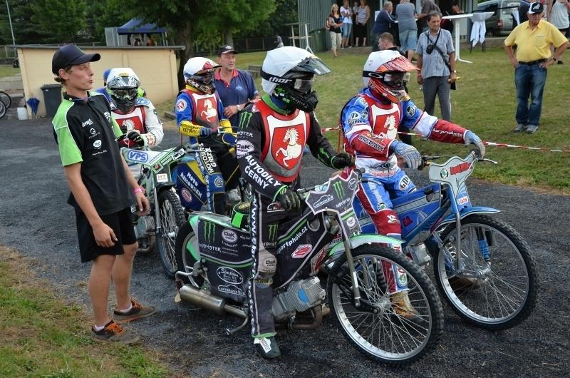 Zda se závodníci české první ligy budou řadit na nástup v Míšni také letos, je odvislé od dalších jednání
