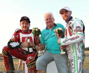 Poslední šampionát dvojic ve Slaném však před pěti lety přinesl triumf Václavu Milikovi, Lubomíru Vozárovi a Aleši Drymlovi