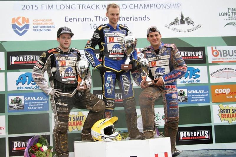 Erik Riss, Joonas Kylmäkorpi a Jannick de Jong na stupních vítězů