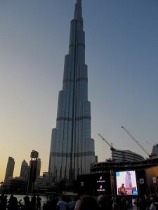 Mrakodrap v Dubaji
