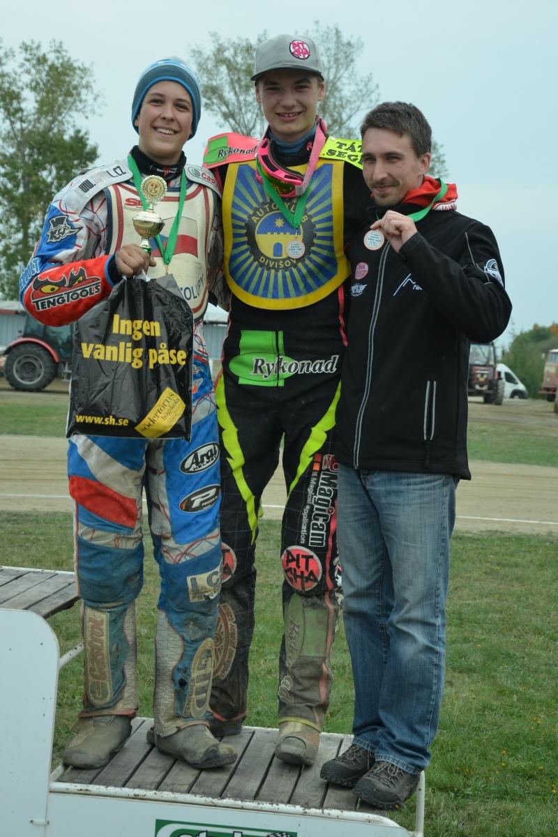 S Kryštofem Rybářem a Martinem Málkem coby třetí tým juniorského šampionátu