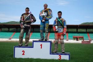 Obnovený šampionát v roce 2009 vyhrál Tomáš Suchánek, který stojí na nejvyšším stupni s Martinem Vaculíkem a Filipem Šiterou