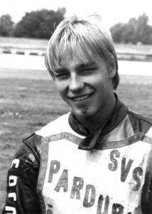 Jan Holub se zraněnou bradou z evropského finále juniorů v Rovně v červenci 1986