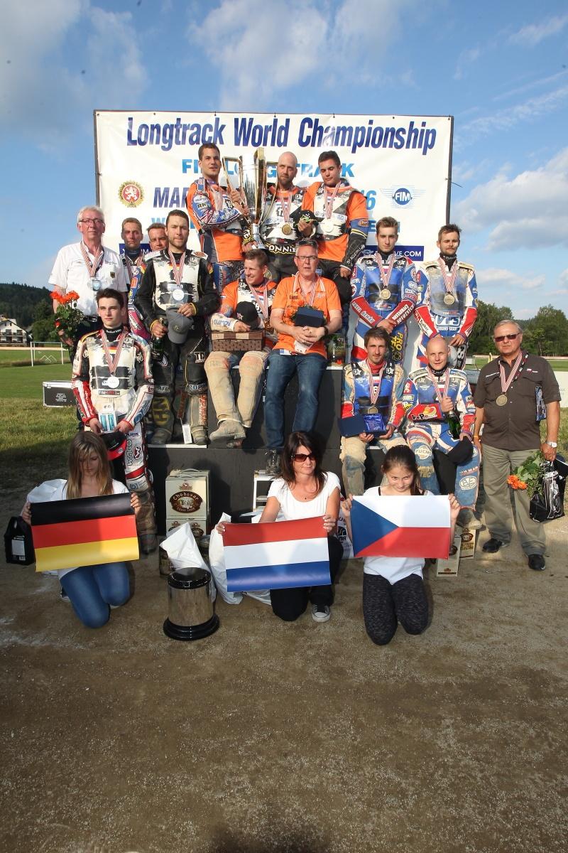 Němci, Nizozemci a Češi na stupních vítězů