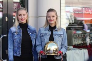 Krásná trofej opouští Lejhancovo klenotnictví
