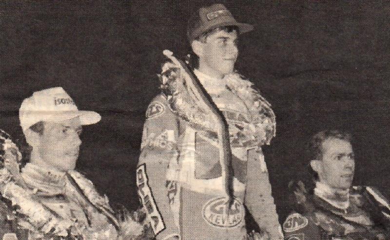 Pódium ve Mšeně 1996: zleva Antonín Kasper, Tomáš Topinka a Bohumil Brhel