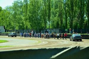 Čtrnáct závodníků se představuje libereckým divákům