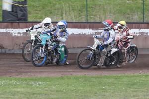 Druhé semifinále: zleva Hynek Štichauer, Jason Doyle, Zdeněk Simota a Zdeněk Holub