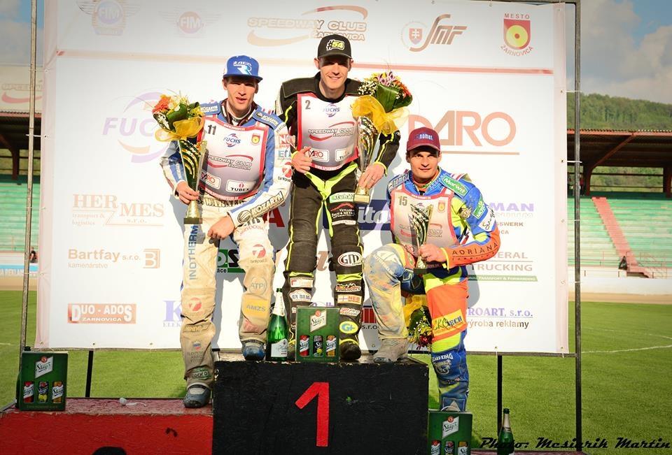 Stupně vítězů v Žarnovici: Matej Žagar, Martin Vaculík a Adrian Miedzinski