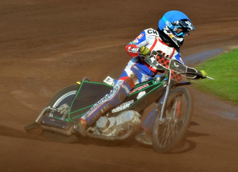 Také Milan Dobiáš odložil stopětadvacítku, aby se pustil do závodění o kubaturu výše