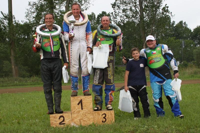 Speedway: zleva Martin Lehký, Dan Macl, Stanislav Buňka, Jan Hlačina a Michal Krejčí