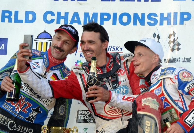 Bernd Diener, Andy Appleton a Josef Franc na stupních vítězů