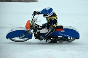 První ledařský závod kariéry