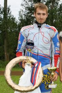 První modrou přilbu ukořistil Michal Škurla