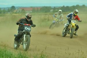 Aleš Duben má za sebou motocykly specifikace FT1 s Václavem Gehartem a Alešem Plecháčem v sedlech