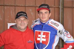 Jakub Valkovič s otcem Štefanem
