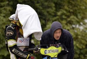 Déšť komplikoval život všem nejen Benu Ernstovi