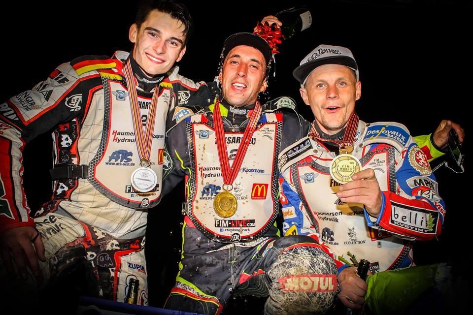 Trojice nejlepších mužů dlouhodrážního světa: Michael Härtel, Mathieu Tresarrieu a Josef Franc
