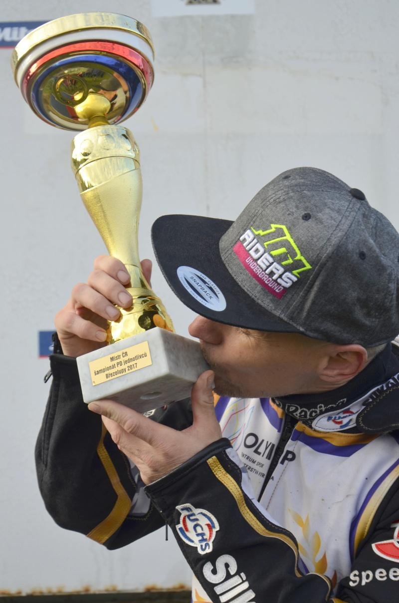 Josef Franc je ve svých osmatřiceti letech poprvé šampiónem, nepočítáme-li ovšem jeho titul v šampionátu ČSMS