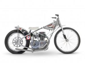 Předmětem aukce se stane rovněž Jawa, v jejímž sedle Ivan Mauger roku 1968 vyhrál první ze svých šesti individuálních titulů mistra světa