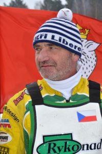 Martin Běhal zatím lyžuje v Krkonoších