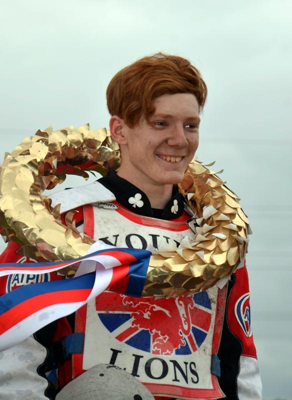 Daniel Bewley během svého triumfu v předloňském semifinále evropského šampionátu juniorů v Plzni